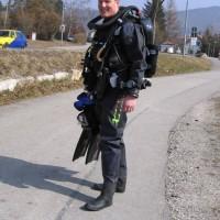Alex posiert mit seinem niegelnagelneuen Rebreather ;-) , März 2006