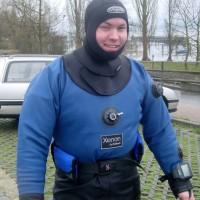Jens beim Anrödeln für Lädine-Tauchgang, März 2004
