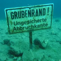 Das Schild hat was ;-) , April 2006