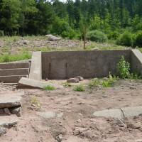 Mauerreste der Ruine, August 2002