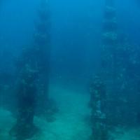Eingang des Unterwassertempels auf 33 Metern, September 2007