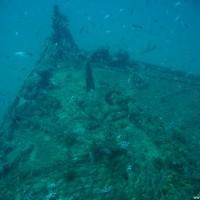 Schön zu erkennen sind Ketten und ein Fischernetz, September 2005