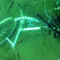 Ein Fahrrad..., Juni 2002