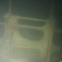 Glockenrahmen und Winch am Bug, November 2005